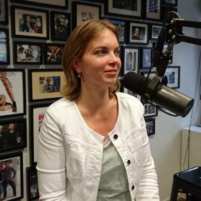 Rosemarieke van der Voort, , Het akkoord tussen schuldenaar en schuldeiser, Jacueline Zuidweg, Vallen opstaan en weer doorgaan, New Business Radio