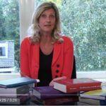 Jacqueline Zuidweg tekrar Düşüş ve Yükseliş serisini sundu. Bu bölümde NIBUD'un çalışma yöntemi hakkında her şeyi anlatıyor.