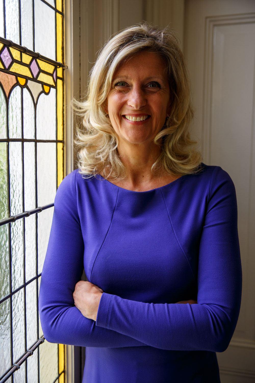 Jacqueline Zuidweg, directeur van Zuidweg & Partners, Schulden, Schuldhulp, Schuldhulpverlening, Bedrijfsherstel