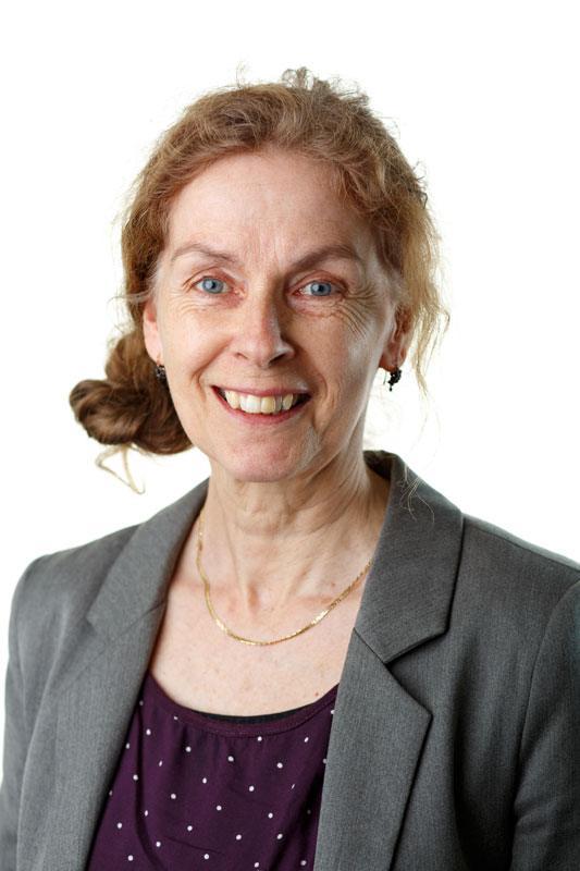 Portrait van Mariska Licht, senior insolventieadviseur bij Zuidweg & Partners. De foto staat naast haar column Losse Eindjes op de website van Zuidweg & Partners