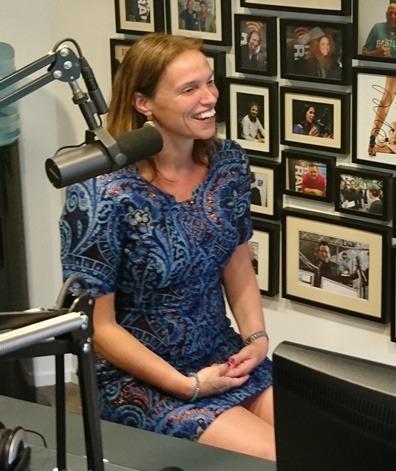 Sandra Caeyers jest gościem w Vallen wstawaj i kontynuuj z Jacqueline Zuidweg w New Business Radio. Przedmiotem jest: pomoc w zadłużeniu