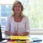 Jacqueline Zuidweg presenteert haar serie Vallen opstaan en weer doorgaan op het kantoor van Zuidweg & Partners in Hilversum. Deze week met het onderwerp: Hoe maak ik een goede offerte?