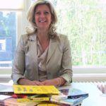 Jacqueline Zuidweg presenteert haar serie Vallen opstaan en weer doorgaan op het kantoor van Zuidweg & Partners in Hilversum. Deze week met het onderwerp: Hoeveel wil de klant betalen voor jouw product of dienst?
