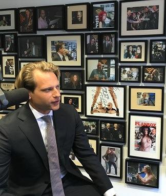 Tim Zoete is te gast bij Vallen opstaan en weer doorgaan met Jacqueline Zuidweg op New Business Radio. Het onderwerp is: factoring.