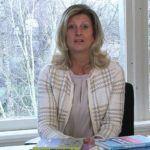 Jacqueline Zuidweg presenteert haar serie Vallen opstaan en weer doorgaan op het kantoor van Zuidweg & Partners in Hilversum. Deze keer met het onderwerp: hoe blijf ik fit, fysiek én mentaal?