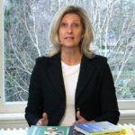 Jacqueline Zuidweg presenteert haar serie Vallen opstaan en weer doorgaan op het kantoor van Zuidweg & Partners in Hilversum. Deze keer met het onderwerp: de franchisegever.